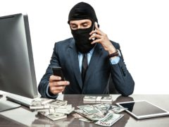 terrorism-money-thinkstockphotos-482072950